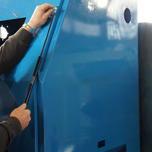 refurbishing shot blast cabinets2